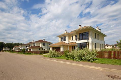 Дом Лион, id hs1306116, фото 1