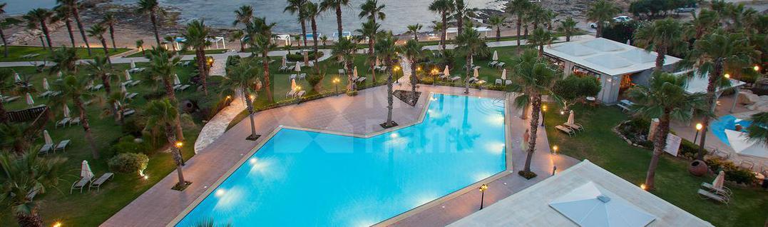 Отель/бутик-отель 4* отель на первой линии в Пафосе, id ir1016, фото 3