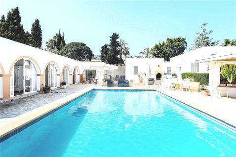 Вилла Вилла с гостевым домом в Санта-Эулалии в Испании, id ir1142, фото 2