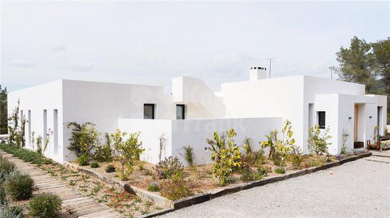 Вилла Современная вилла недалеко от Ивисы в Испании, id ir1154, фото 2