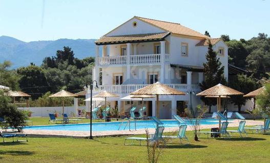 Отель/бутик-отель Гостиничный комплекс на первой линии в Греции, id ir1202, фото 1