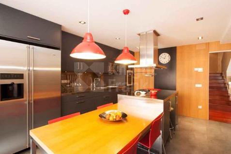 Апартаменты Дуплекс в престижном районе Барселоны, id ir1299, фото 1
