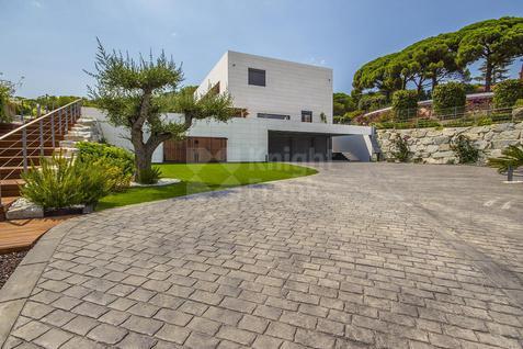 Дом Дом с видом на море в Кабрера-де-Мар, id ir1318, фото 2