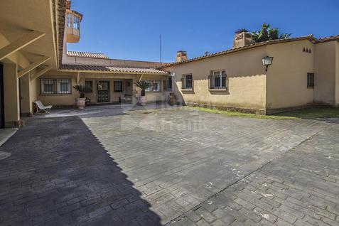 Вилла Вилла в Сан-Андрес-де-Льеванерас в Испании, id ir1359, фото 2