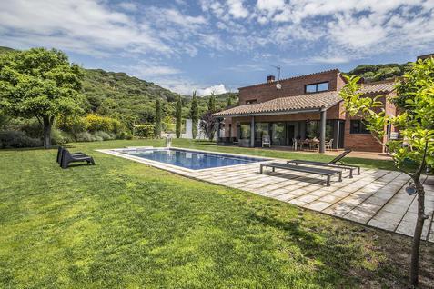 Вилла Современный дом с видом на море в Испании, id ir1365, фото 1