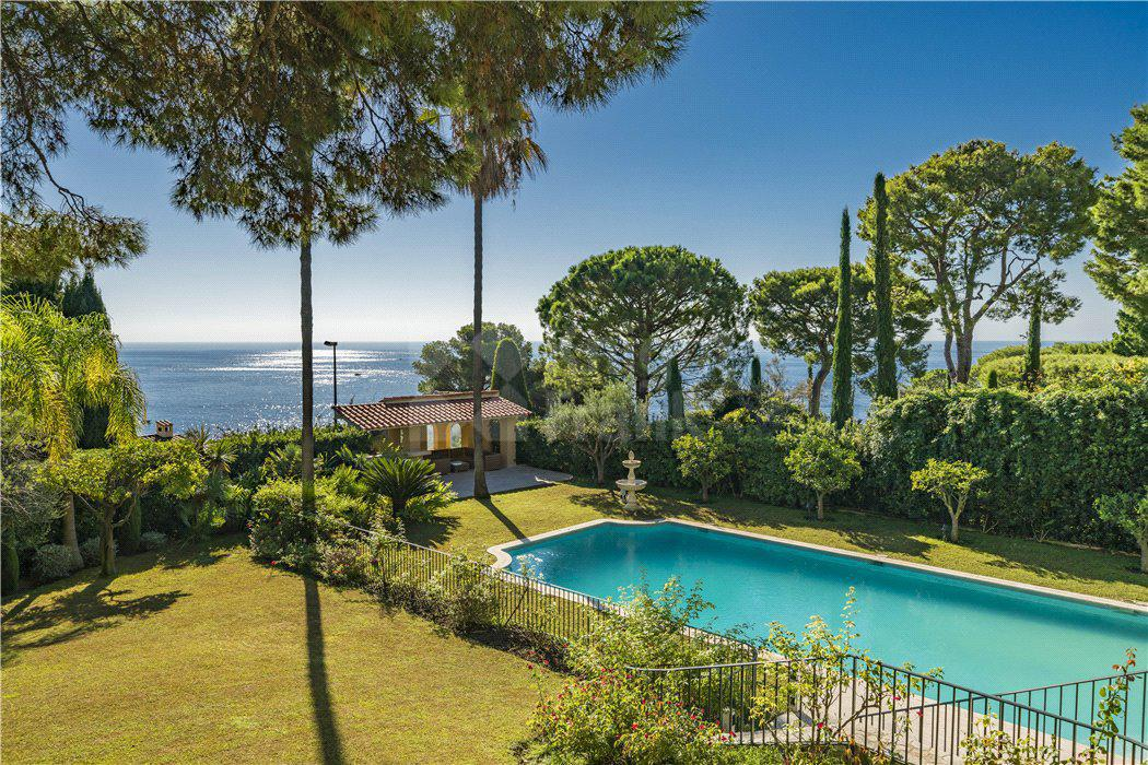 Вилла Просторная вилла с видом на море и садом, id ir1646, фото 2