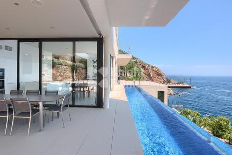 Вилла Современная вилла на побережье в Испании, id ir1740, фото 3