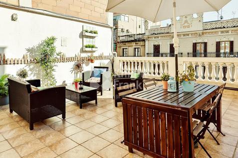 Апартаменты Пентхаус с туристической лицензией в Барселоне в Испании, id ir1831, фото 2