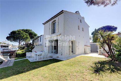 Дом Дом в Порту Гримо на Лазурном побережье, id ir1837, фото 1