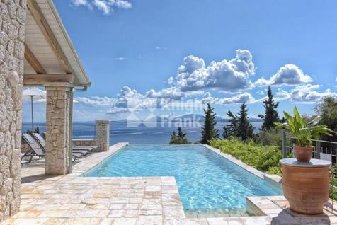 Вилла Дом с видом на море на о. Корфу в Греции, id ir1913, фото 2