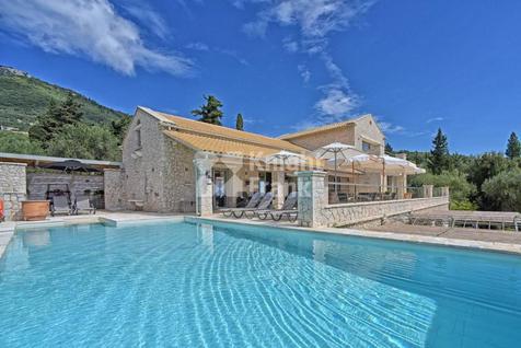 Вилла Дом с видом на море на о. Корфу в Греции, id ir1913, фото 1