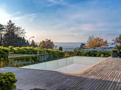 Вилла Роскошная современная вилла с видом на озеро, id ir826, фото 2