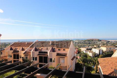 Апартаменты Апартаменты в жилом комплексе Albatross Hill Club в Испании, id ir859, фото 2