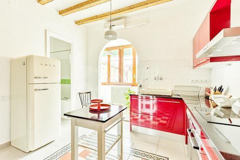 Апартаменты Апартаменты в районе Вила-де-Грасиа в Испании, id ir992, фото 1
